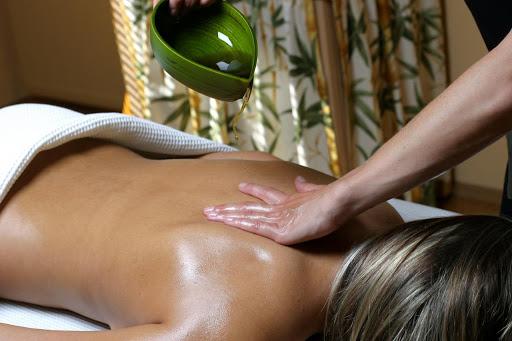 Oiled Thai Massage in Luton